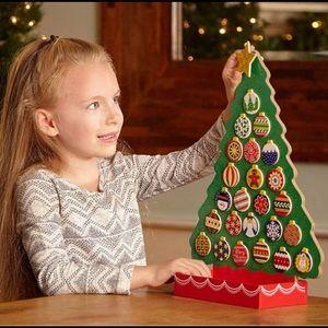 Melissa & Doug Countdown to Christmas Advent Tree
